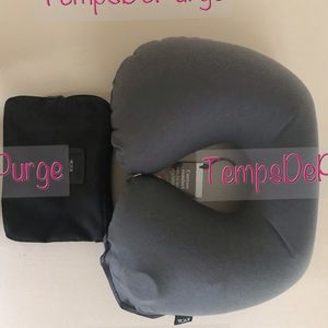 Tumi Inflatable Travel Pillow